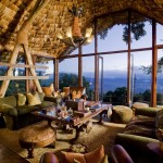 Tanzánie - Ngorongoro Crater Lodge - bar