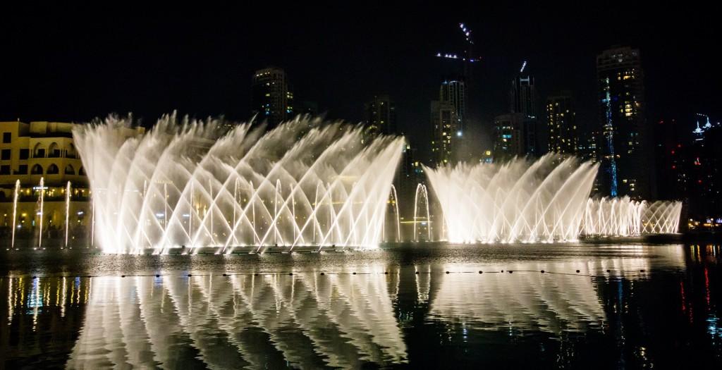 Dubaj - zpívající fontána