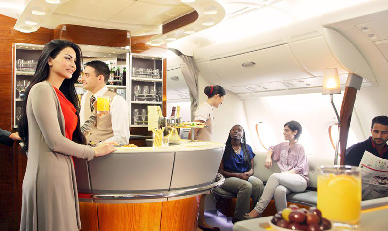 Emirates - A 380 - bar v business class