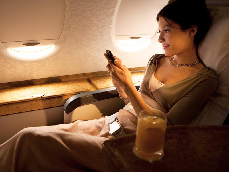 Emirats - A380 - wifi v oblacích