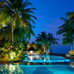 Maledivy-Royal-Island-bazén
