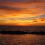 Maledivy-Vivanta-by-Taj-zapad-slunce-z-vodní-vily
