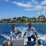 Fiji-Captain-Cook-posádka-nás-vyzvedla-na-ostrově