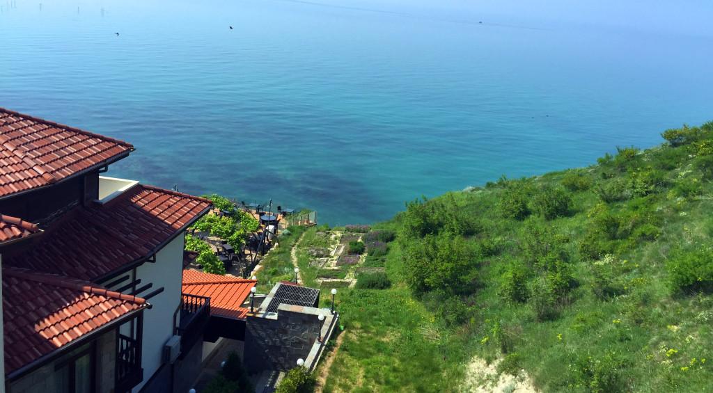 Golf-Bulharsko-Thracian-Cliffs-výhled-z-apartmánu
