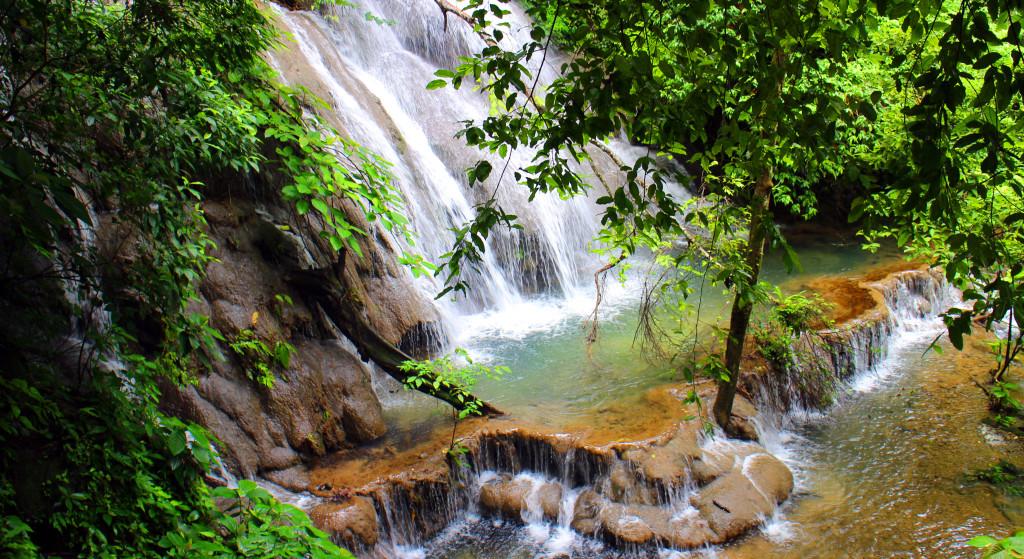 Mexiko-Palenque-vodopád