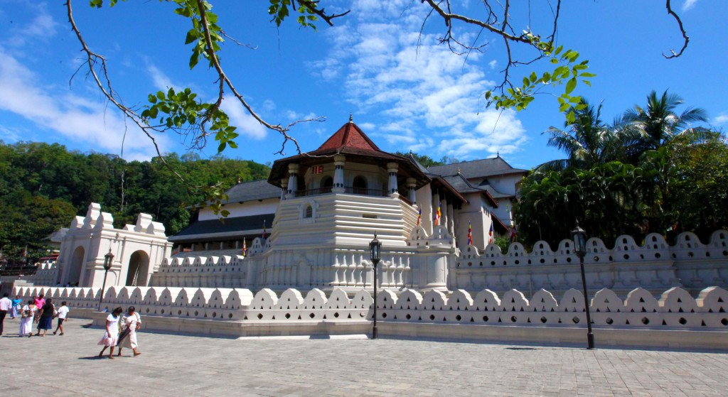 Srí-Lanka-Kandy-chrám-Dalada-Maligawa