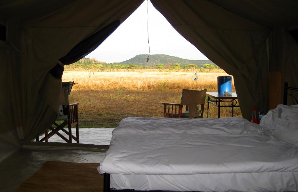 Luxusní-safari-Afrika-Tanzánie-národní-rezervace-Serengeti-Kati-Kati-migrační-kemp