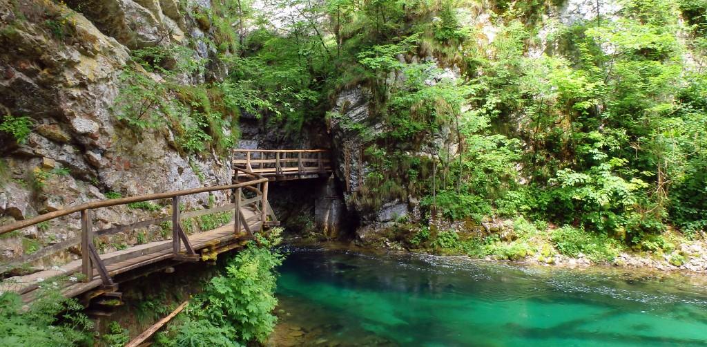 Golf-Slovinsko-Bled-soutěska-Vintgar