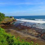 Bali - skalni chram Tanah Lot