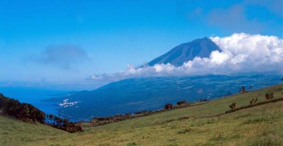 Azory - Pico - výhled na sopku