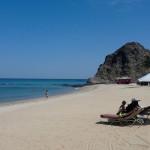 Omán - Muscat - hotel Al Bustan Palace - pláž