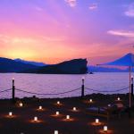 Omán - Muscat - hotel Shangri-la´s Barr Al Jissah Resort & Spa - večerní romantika