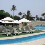 Omán - hotel Crowne Plaza - bazén