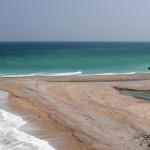 Omán - pobřeží ve vesničce Tiwa