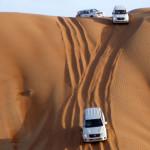 Omán - poušť Wahiba - jízda na dunách