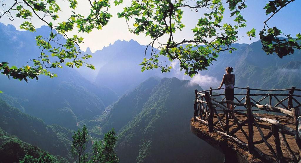 Madeira-levada-Balcoes