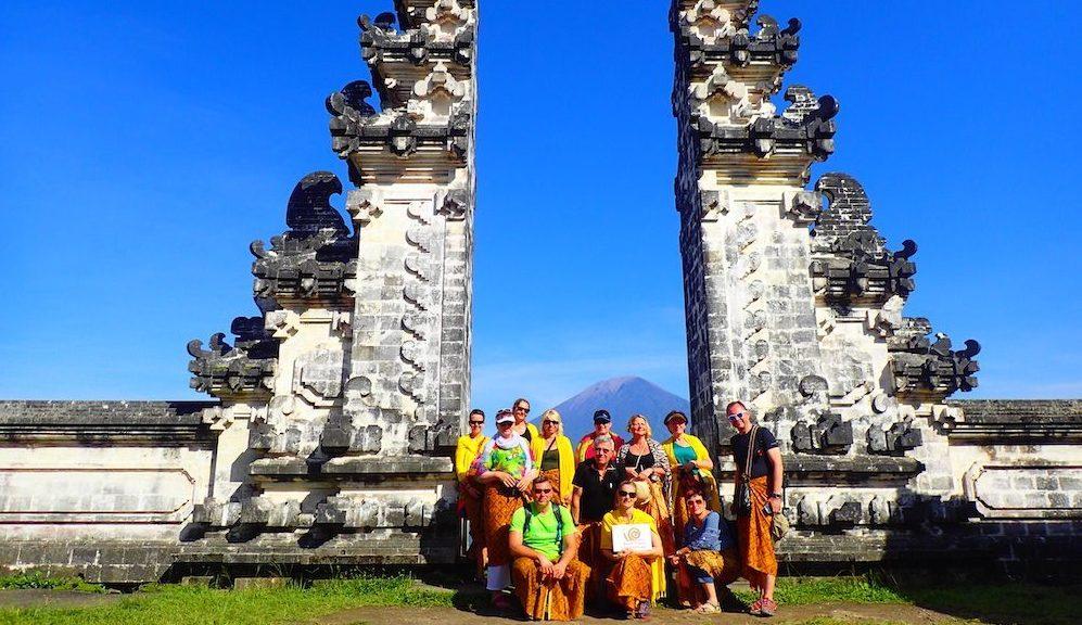 Bali-chram-Pura-Lempuyang